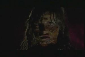 ein_zombie_hing_am_glockenseil_7.jpg